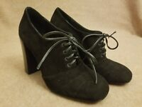 Tory Burch Women Black Lace Up Suede Booties Ankle High Heel Boots Size 8.5 M