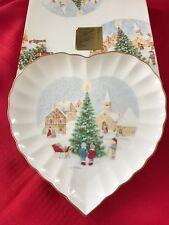 VINTAGE MIKASA BONE CHINA MERRY CHRISTMAS SWEETHEART DISH IN BOX FX032/506