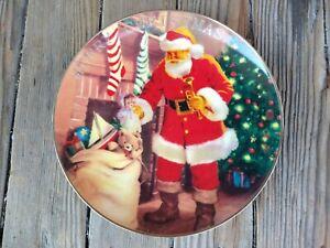 Merry Christmas Santa 22k Gold Trim Porcelain Avon Collectors Plate