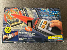 1994 PLAYMATES STAR TREK THE NEXT GENERATION TYPE 1 PHASER NISB