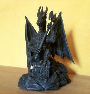Schwarzer Drache Figur Gothic Fantasy Dragon Magie