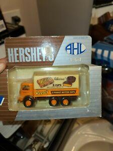 AHL H02030 1:64 Reese's Peanut Butter Cups Mack CJ Die-Cast Truck