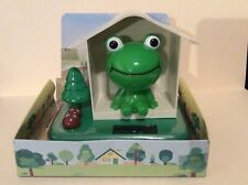 Solar Power Dancing Toy Frog Bobblehead For Home Car Decor