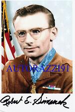 Robert Simanek KOREA Medal of Honor signed 4x6 PHOTO