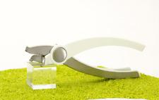 Tomorrow´s Kitchen Jar Opener Glaskonservenöffner Öffner in weiß