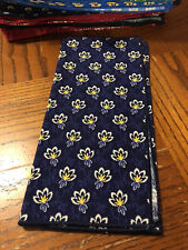 Vera Bradley 1 Navy yellow MAISON BLUE Dinner Fabric Napkin NEW NWOT LAST ONE!