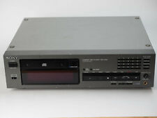 Sony CDP-2700 Professional CD Player w/ Feet Pro Version of CDP-X55ES UPDATED