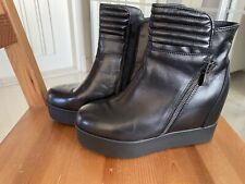 Brand New Black Italy Tosco Blu Women's Leather Boots Euro Size 36. US Size 6.