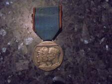 belle medaille militaire belge reconnaissance 1914-1918 --1940-1945 couleur arg