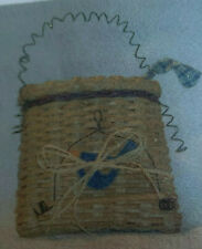 Basket Weaving Pattern Bird on a Swing Basket by Julie Kleinrath