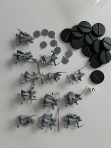 Games Workshop Warhammer ? plastic figures lord of the rings ?