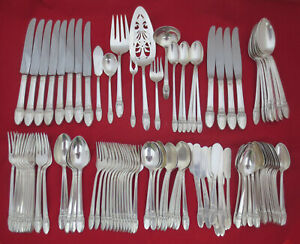 112 Piece Set Vintage 1847 Rogers Bros Silverplate FIRST LOVE Silverware Mono B