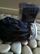 THERAPY HOT /COLD BAG REUSEABLE FOR ACHES & PAIN NAVY /WHITE STRIPE