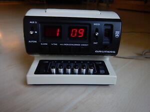 Grundig Sono Clock 500a Vintage weiß Radiowecker 70er Radio Wecker