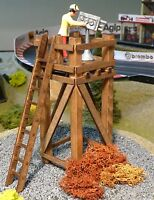 HOCHSTAND MINI aus HOLZ Kameraturm Kontrollturm für Carrera Figuren     85561