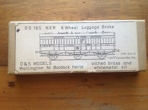D&S Models 165 NER/LNER 6 Wheel Luggage Brake Etched Brass Finescale Coach Kit.