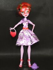 Monster High Operetta Doll w Deluxe Fashio Doll Outfit and Accessories