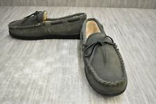 Minnetonka Pile Lined Hardsole 3905W Suede Slippers, Men's Size 10, Gray NEW