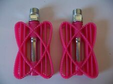 """KIDS BICYCLE PEDALS 9/16"""" PINK BUTTERFLY PLASTIC BEACH CRUISER BMX BIKES CYCLING"""