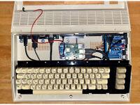 Commodore C64C Raspberry Pi 4 Non Destructive Case Mod NEW VERSION- Stampa 3D