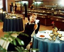 AUDREY HEPBURN AS HOLLY GOLIGHTLY FROM BREAK 8x10 Photo iconic photo 224188