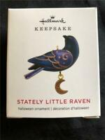 2019 Hallmark STATELY LITTLE RAVEN Halloween Ornament Mini Miniature Bird Xmas