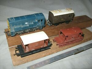 A6300 OO HO LIMA ENGLISH 0-6-0 DIESEL MECHANIC LOCO+3CABOOSES,LIMA,HORNBY,ROSE.
