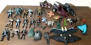 Huge Lot of Vintage DC Comic Kenner Batman Robin Batcycle Vehicles Action Figure