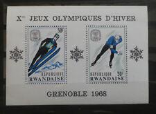 TIMBRES RWANDA** bloc-feuillet 10 - 1967 - J.O. d'hiver de Grenoble (A252)