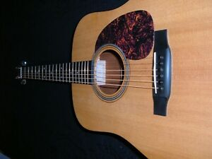 MARTIN D-16GT WITH MARTIN CASE, MADE IN U.S.A. (VERY GOOD CONDITION) YEAR 2008