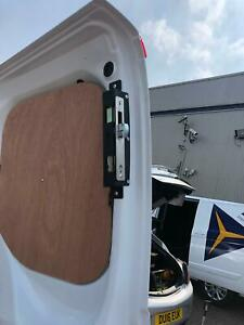 FORD TRANSIT CUSTOM HOOK LOCKS THATCHAM ACCREDITED (SIDE AND REAR)