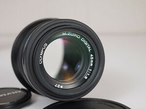 Olympus 45mm f1.8 MFT Micro 4/3 Lens Black - With Caps, UV Filter, and Hood