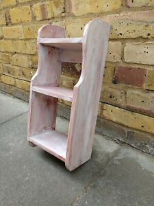 Painted Pine Shelf 18 7/8 ths x 8 7/8 ths x 5 3/16 ths / Shelves Dostressed