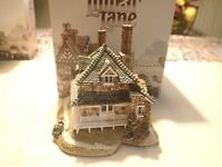 Blaise Hamlet Diamond Cottage Lilliput Lane house - figurine and box