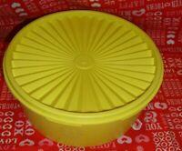 Vtg TUPPERWARE Kitchenware Servalier Canister Harvest Gold Made USA  #1204   291