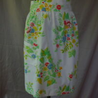 Half Apron Vintage White With Blue Red Roses Handmade Flowers Green Leaves