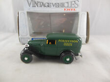 Ertl Classic Vehicles Ref 2504 1934 Ford Panel Delivery Van Perfection Oil Stove