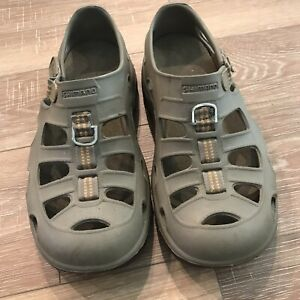 Shimano Men's Fishing Shoes Sandals Size 9 EUC Gray Olive Evair Marine Khaki