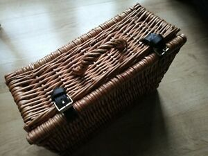 Willow Basket Box Gift Container Picnic Home Storage Handle Case Belt