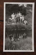 Photo famille Vintage snapshot 1947 Savoie Montagne Mare Croix des sept frères