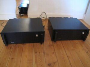Plinius Audio High End Endstufen Monoblöcke in schwarz Top