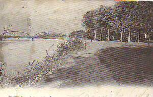 1905 Wilkes Barre -River Common looking north - undivided