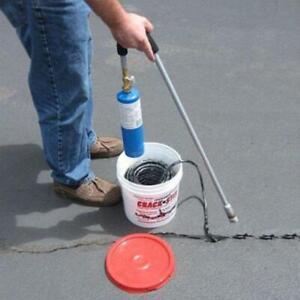 250 ft. Blacktop Crack Filler Concrete Driveway Asphalt Sealer Pavement Repair