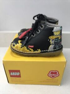 KICKERS LEGO Kick Hi boots Black UK Size 7 Eu 24 Toddler Kids Boxed Fire
