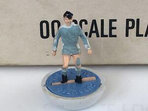 Subbuteo HW HP SPARE. Manchester City Ref 191