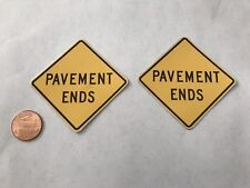 1/10 scale Pavement Ends Road Signs For Your R/C Diorama
