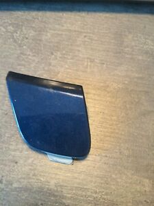 FORD FOCUS FRONT BUMPER TOW EYE COVER 2011/14 BLUE  METTALIC