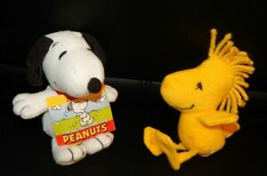 """Wendy's 2006 Kid's Meal Toys Peanuts Plush Snoopy & Woodstock Lot 5"""""""