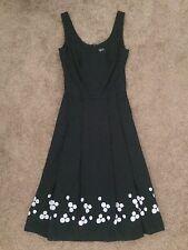 Agnis b. schwarzes Kleid, Frankreich, Größe 36