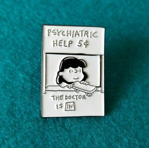 Lucy van Pelt, Lucie Snoopy, Snoopy Dog Enamel Pin Brooch Peanuts Comic Badge